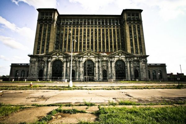 A Desolate Michigan Central Train Station Remains Beautiful To This Day