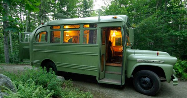 Impressive 1959 Chevrolet Viking Bus Gets An Extreme Makeover