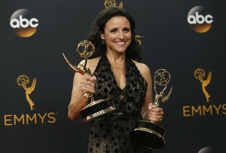 Cable kings HBO, FX upstage online competitors at TV's Emmys