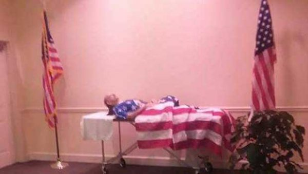 This Visitation Without a Casket Sheds Light on Burial Benefits for Veterans